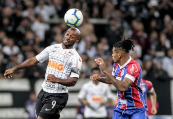 Bahia luta, mas perde por 2 a 1 em São Paulo