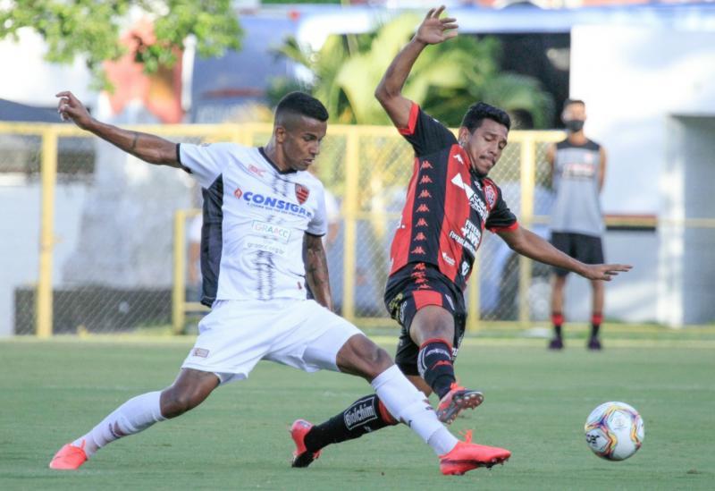 Vitória vence o Oeste por 3x1 no Barradão