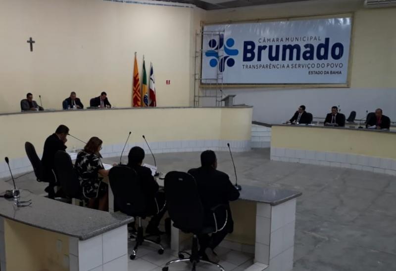 Brumado: por 9 votos a favor e 2 contra Projeto de Lei que permite prefeitura fazer empréstimo de R$ 20 milhões junto a Caixa é aprovado pela Câmara
