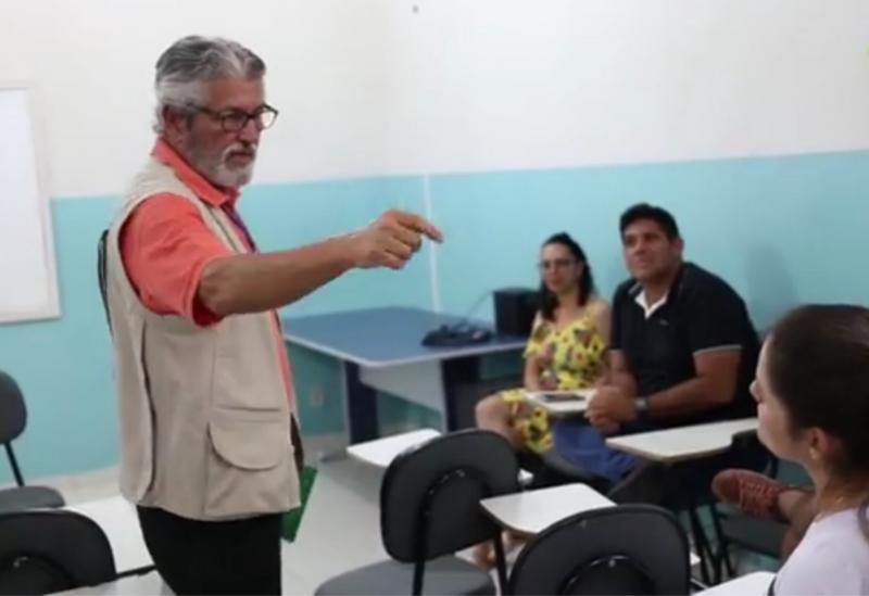 Tanhaçu: em reunião,Adab informa ações a serem desenvolvidas contra o abate clandestino