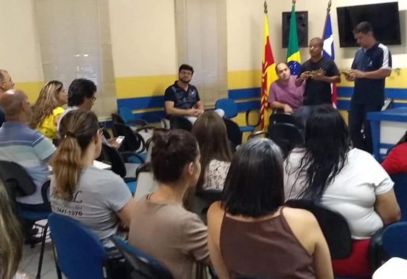Brumado: CDL reúne comerciantes para combater o comércio informal no município
