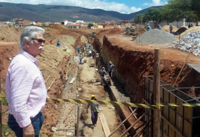 Brumado: prefeito Eduardo Vasconcelos se manifesta a cerca de estragos feitos pela chuva