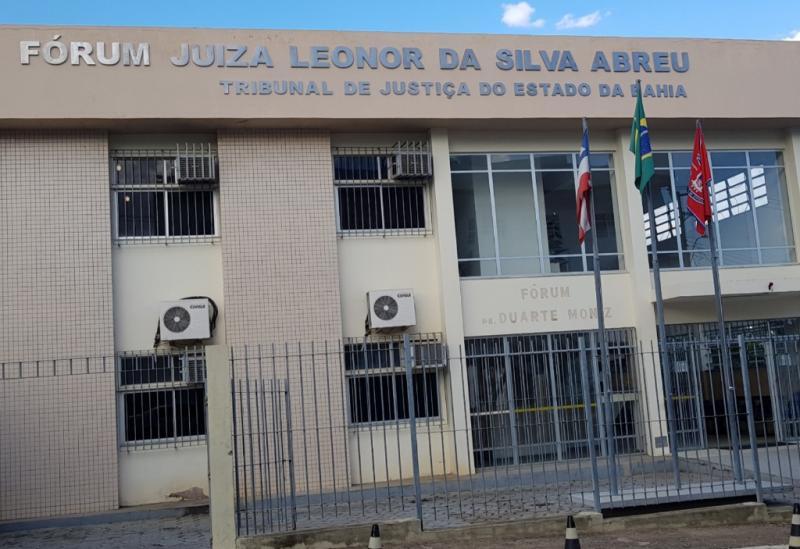 Cézar de Lim está em Brumado, onde será  ouvido em audiência no Fórum Juíza Leonor da Silva Abreu