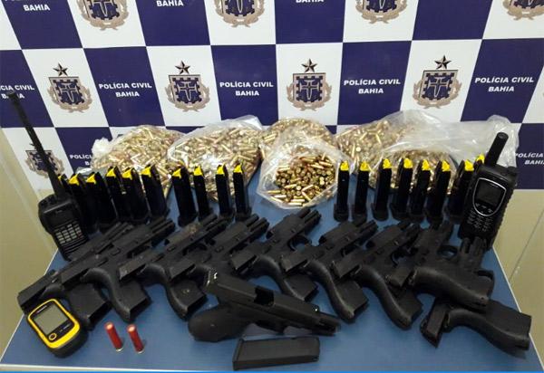 Conquista: Polícia Civil descobre local utilizado para esconder armas e cocaína transportada por avião apreendido
