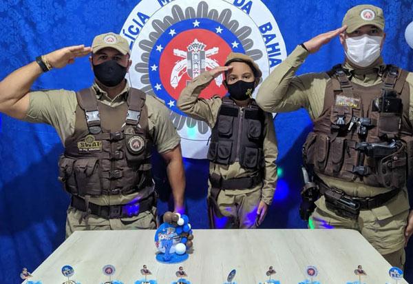 Ituaçu: Polícia Militar comemora aniversário de 07 anos no garoto Gabriel
