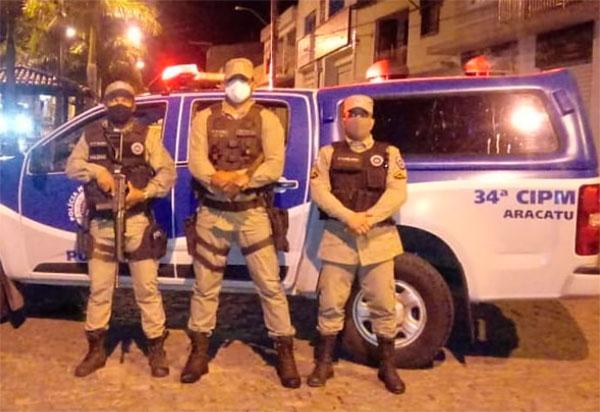 Aracatu: Homem é detido por descumprimento do Toque de Recolher e posse de substância análoga à cocaína e droga sintética