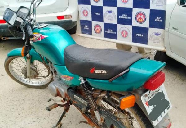Brumado: Polícia Militar recupera motocicleta furtada em 2016