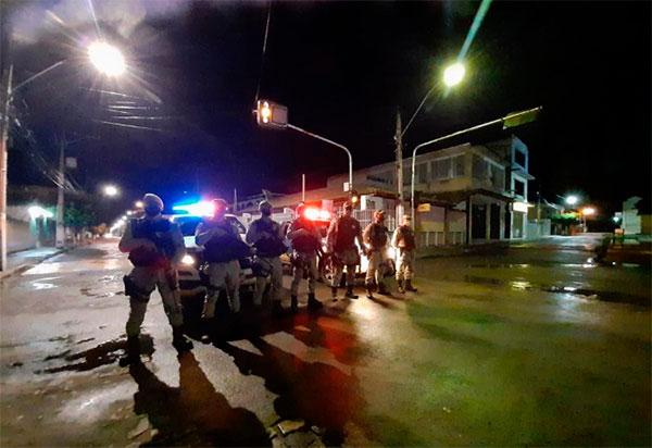 46ª CIPM apresenta resultados da primeira noite de ações em cumprimento ao decreto de toque de recolher na região de Livramento