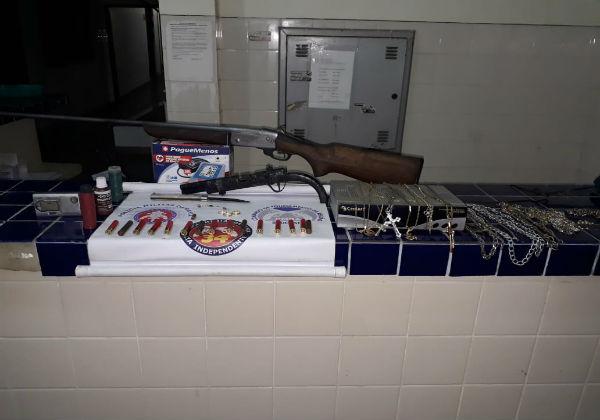 Ituaçu: Polícia Militar detém suspeito de arrombamento e recupera objetos furtados