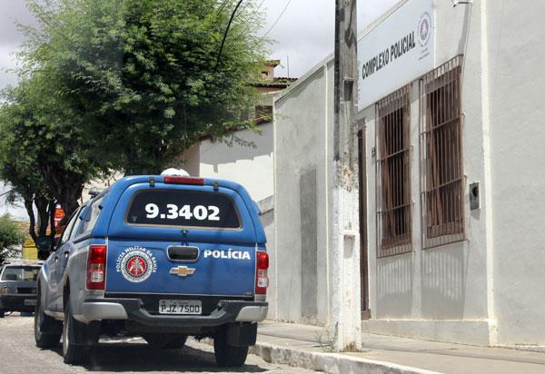 Aracatu: adolescente é apreendida pela polícia após atear fogo na casa da própria mãe