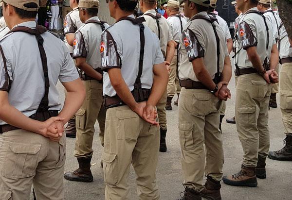 Policiais militares realizam assembleia nesta quarta (11) para discutir 11 pontos da pauta de reivindicações