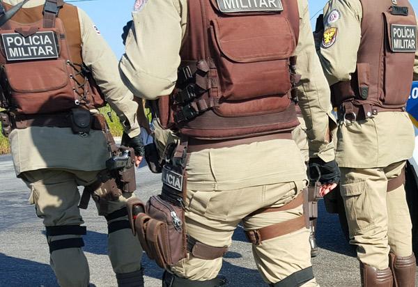 Brumado: Três policiais militares expulsos da corporação serão reintegrados após decisão da justiça
