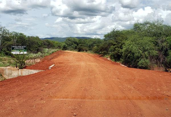 Brumado: prefeitura homenageia morador da Fazenda André com nome para pontilhão na região do Jacaré