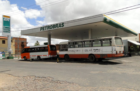 Brumado: Posto de combustíveis é alvo de assalto mais uma vez