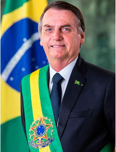 Bolsonaro divulga foto oficial em formato padrão