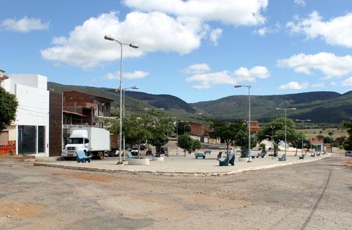Brumado: Eleição para nova diretoria da Associação de Moradores do Bairro Olhos D'Água foi suspensa