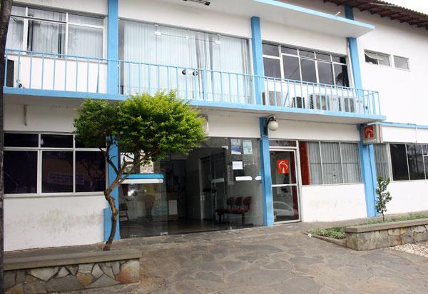 Administração Municipal comemora a assinatura do Termo de Compromisso para a implantação da Faculdade de Medicina em Brumado