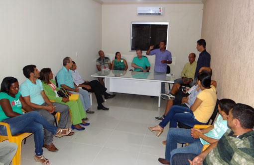 Brumado: PV inaugura nova sede e confirma pré-candidatura de Gilson Dias