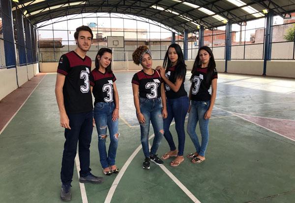 Secretaria da Educação do Estado entrega quadra poliesportiva coberta em Barra da Estiva