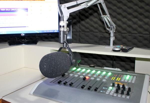 Emissoras de rádio e TV estão proibidas de exibir conteúdos com alusão ou críticas a candidatos