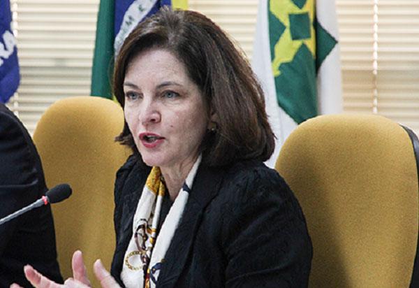 Raquel Dodge orienta procuradores regionais eleitorais de todo o país a darem 'tratamento uniforme' a todos os inelegíveis