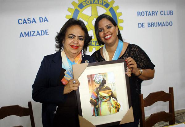 Rotary Club de Brumado recebeu a visita da governadora do distrito 4550 do Rotary, Anaci Paim