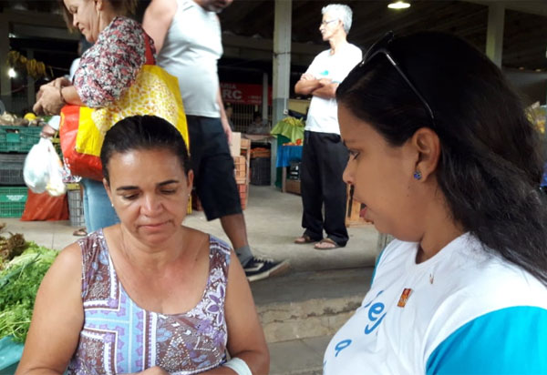 RotaryClubde Brumado faz campanha para que população fique atenta a campanha nacional de vacinação contra aPoliomelite