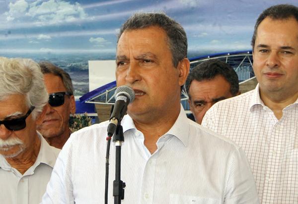 Coronavírus ameaça festa de ano novo e carnaval da Bahia, diz governador