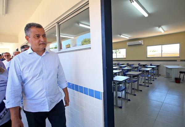 Governo envia projeto para legislativo que vai beneficiar 12,1 mil professores