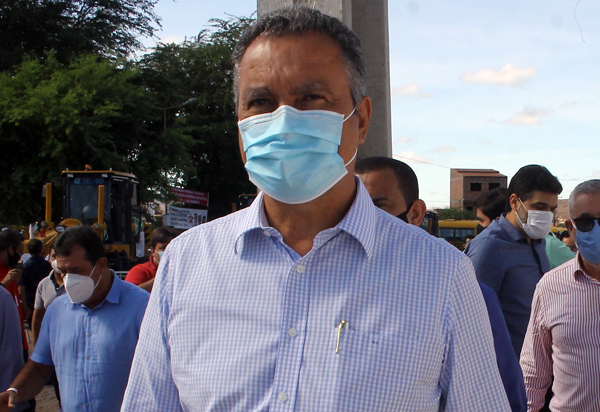 Governador Rui Costa  garante que retorno às aulas acontece nesta segunda (26)