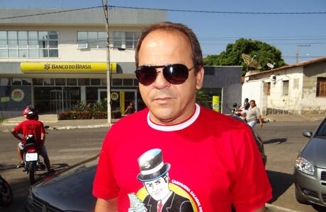BRUMADO: BANCÁRIOS DO BB E CAIXA EM GREVE
