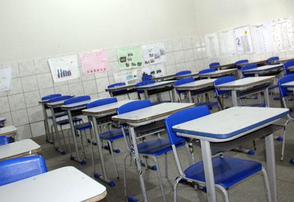 Cancelamento do ano letivo na BA ainda 'não está na mesa', mas pode acontecer, diz secretário de Educação