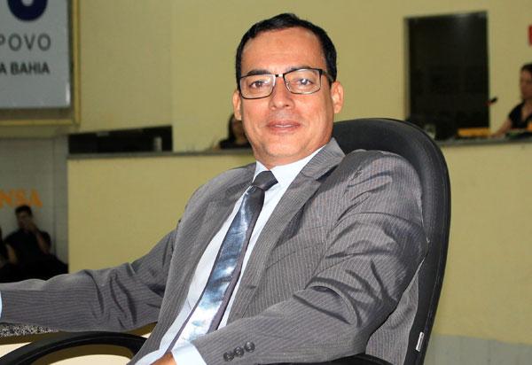 Brumado: vereador Santinho diz que manifestação dos professores contra projeto do prefeito é maioria 'politicagem'