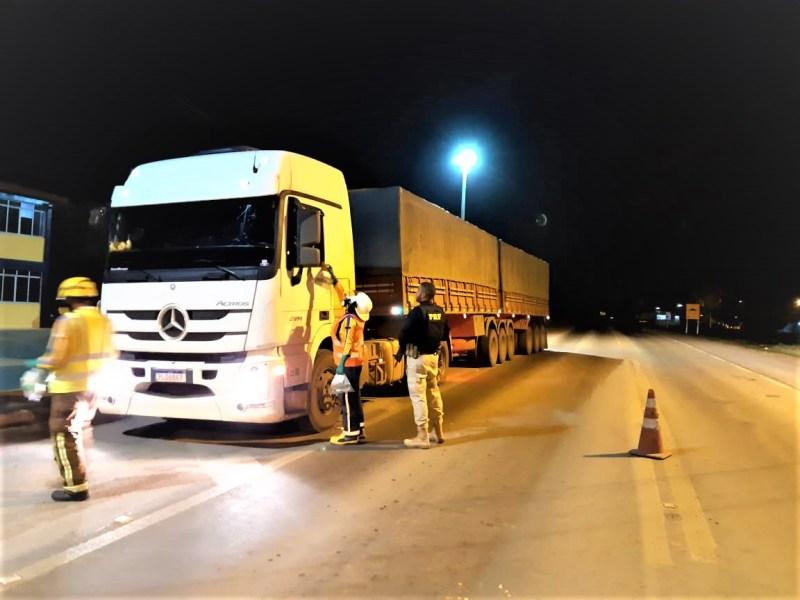 Ações de solidariedade em apoio aos caminhoneiros se espalham nas rodovias federais baianas