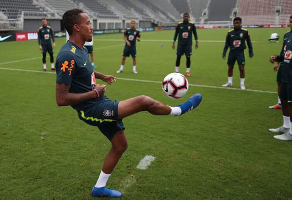 Seleção Brasileira enfrenta El Salvador em amistoso nesta terça (11)