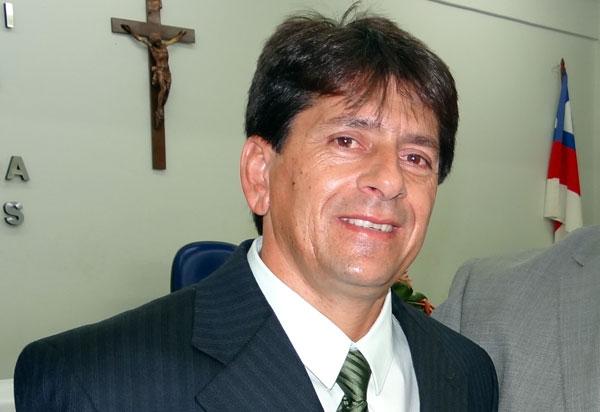 Aracatu: Sérgio Maia será reconduzido ao cargo de prefeito nesta quinta (30) em cerimônia na Câmara de Vereadores