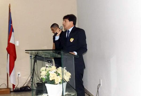 Em cerimônia no Legislativo, Sérgio Maia é reconduzido ao cargo de prefeito de Aracatu