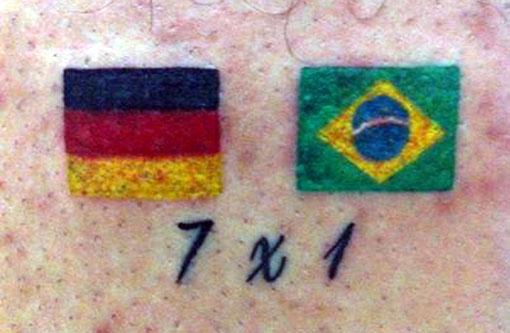 Revoltado, torcedor tatua 7 a 1 da Alemanha no Brasil