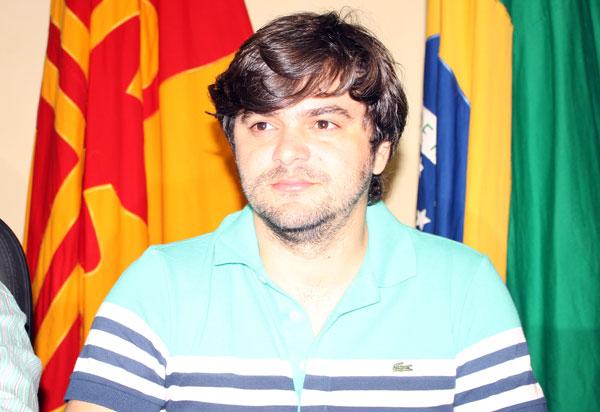 Brumado: advogado Tiago Amorim confirma que não é mais candidato a deputado estadual