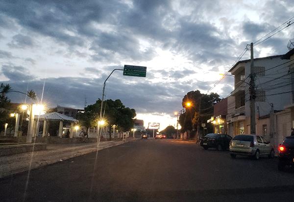Governo prorroga toque de recolher e proibição de shows e festas em toda a Bahia