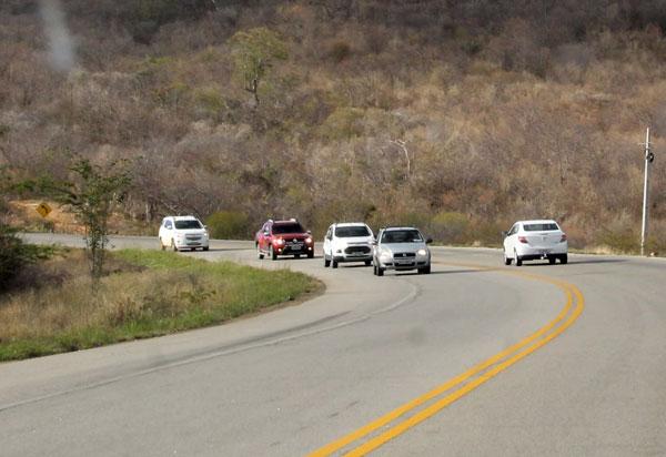 Condutores podem dirigir com CNH vencida sem risco de punições