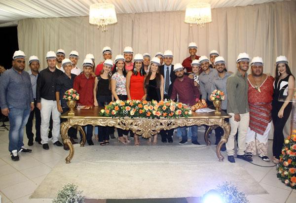 Faculdade Pitágoras de Brumado promove entrega dos capacetes para a 1ª turma dos Cursos de Engenharia Civil, Engenharia Mecânica e Engenharia de Produção