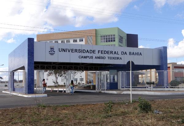 MEC determina volta às aulas presenciais nas universidades