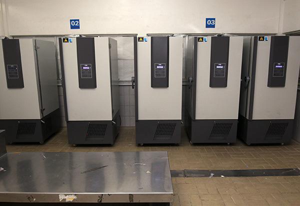 Bahia possui 30 ultracongeladores para armazenamento das vacinas da Pfizer