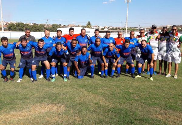Brumado:  Umburanas/Flumaster é o primeiro finalista do 1º Campeonato de Futebol de Veteranos