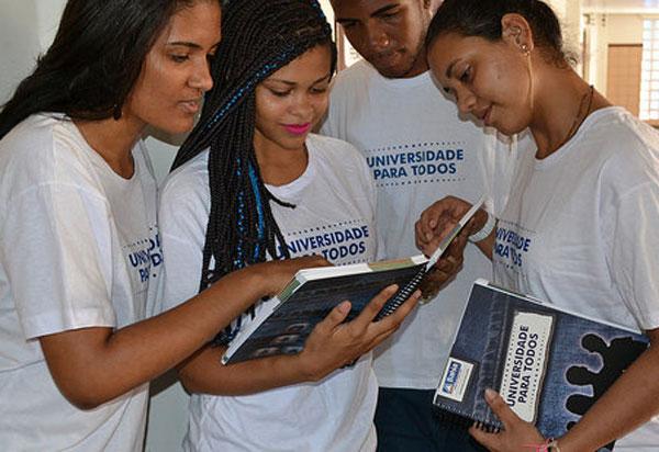 Começa a matrícula do pré-vestibular Universidade Para Todos