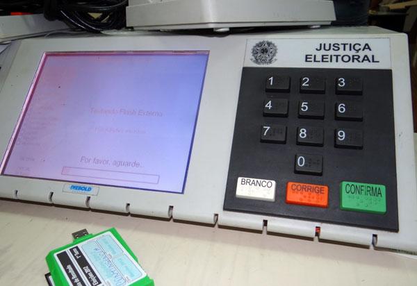 Eleições 2018: Candidatos de Brumado intensificam campanha na Internet