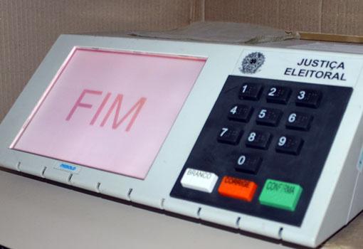 Um ano antes de eleição, TSE abre código-fonte de urnas eletrônicas