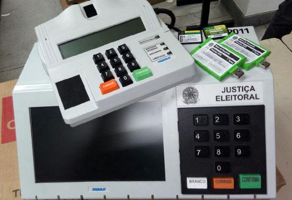 Pesquisa CNT/MDA: Jair Bolsonaro aparece com 28,2%, Fernando Haddad 17,6% e Ciro Gomes 10,8%