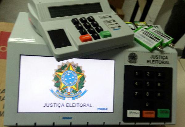Presidente do TSE defende a confiabilidade das urnas eletrônicas